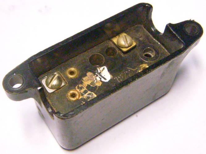 Пускозащитное реле РТ-10 на 1.4 Ампера для компрессора холодильника