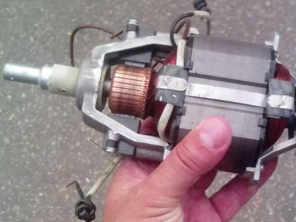 Электродвигатель для садового триммера Ворскла