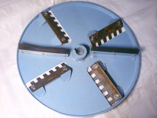 Дисковый барабан 35,5 см корморезки с ножами