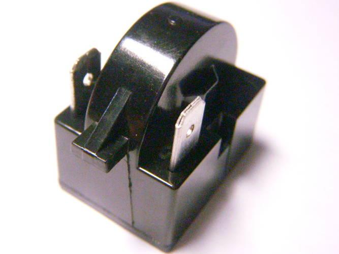Чувствительный элемент пускозащитного реле Embraco на два контакта