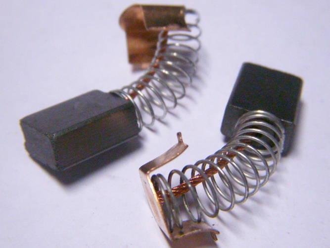 Щетки 6*11*16 коллектора цепной электропилы Craft-tec EKS 2200, болгарки Темп 180 1.9 KW на клеммных защелках, с боковым продольным прорезом