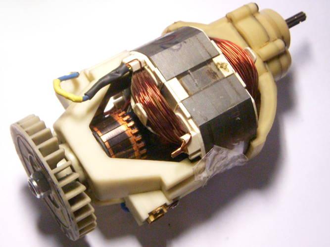 Ремонт двигателя электротриммера Кедр 2200 под якорь с прямыми шлицами, разборка, тестирование, ремонт поврежденной проводки, сборка