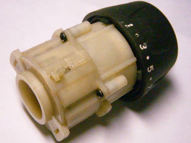 Редуктор сетевого 2-х скоростного шуруповерта с пластиковым переключателем скоростей