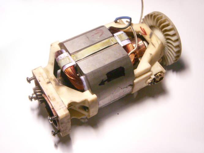 Разборка, замена щеток, подшипников, перемотка статора электродвигателя триммера Садко ETR 1400