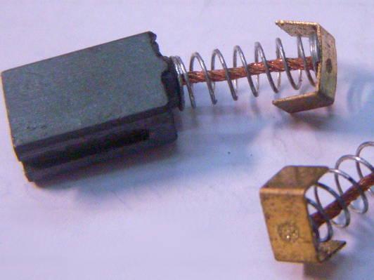Щетки для болгарки токосъемные 10x6 мм на пазу, для дисковой пилы Ворскла ПМЗ-2000с