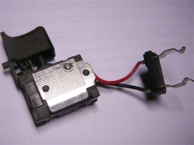 Кнопка шуруповерта до 16 Ампер на 24 Вольт, с реверсом